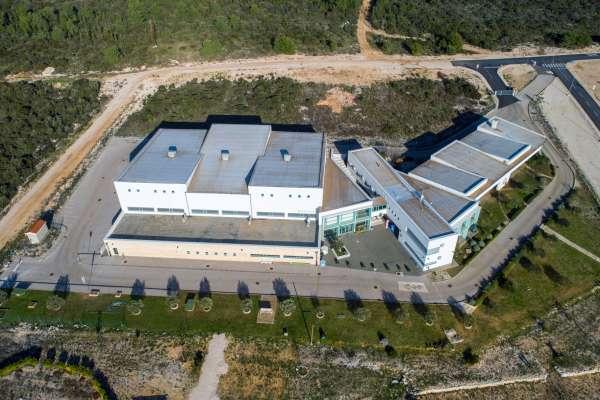 Općina Sv. Filip i Jakov isplatila kredit od 15 milijuna kuna za novu osnovnu školu i dvoranu u Sv. Filip i Jakovu
