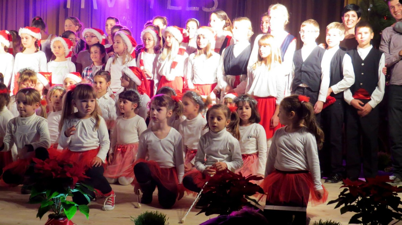 Preko 150 plesača na noge diglo obitelji i prijatelje