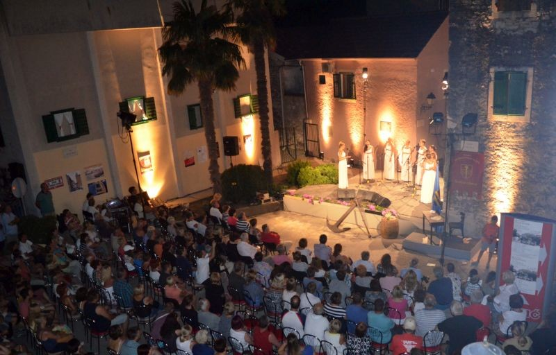 'Na vr' sela' okupio vrhunske dalmatinske izvođače