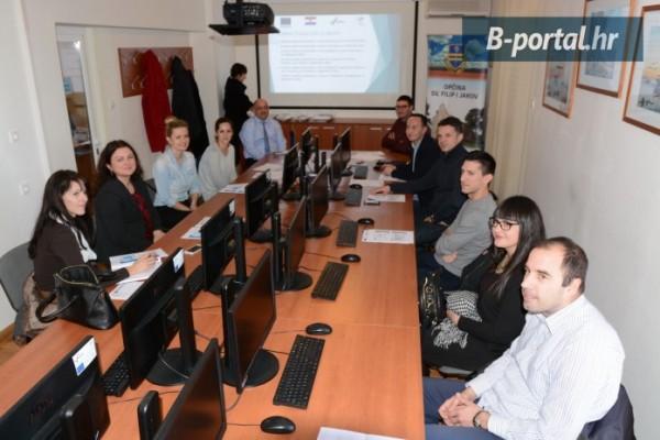 """EU projekt """"Centar za obuku Sv. Filip i Jakov"""" u završnoj fazi: Tijekom provedbe projekta zaposlilo se 19-ero polaznika, edukacije se nastavljaju sljedeće tri godine"""