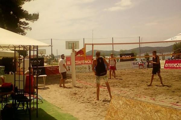 Amaterski turnir odbojke na pijesku
