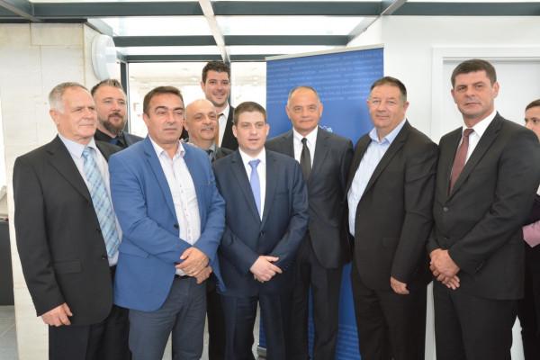 B Portal : Potpisan ugovor i sporazumi: 32 milijuna kuna za trajektnu luku Tkon, 8 milijuna za luke Turanj, Petrčane i Mandre