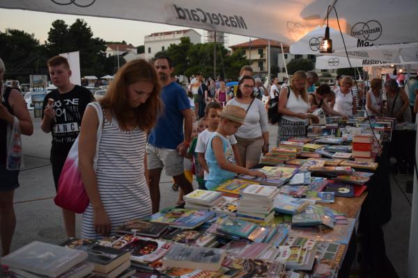 Manifestacija Brod kulture uz knjigu donijela i gastro užitke