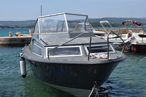 Općina Sv. Filip i Jakov kupila brodicu u vrijednosti od 150.000 kn