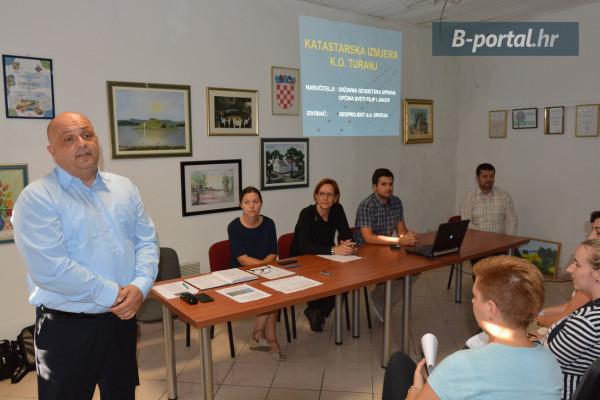U Turnju predstavljena katastarska izmjera k.o. Turanj: Vlasnici su dužni obilježiti svoja zemljišta do 15. listopada 2017.
