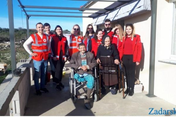 Zadarski list: Branku i Danici Persola iz Sikova toplo u novom domu i toplo oko srca