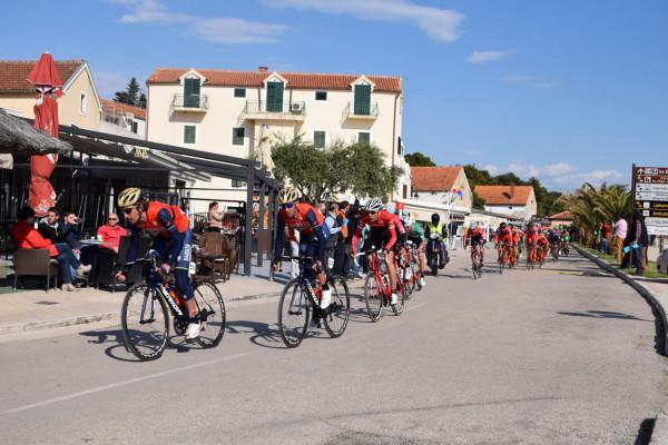 """Biciklistička utrka """"Tour of Croatia"""" prošla i Općinom Sveti Filip i Jakov"""