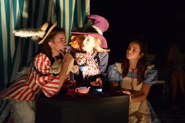 Održana predstava Alisa u zemlji čudesa