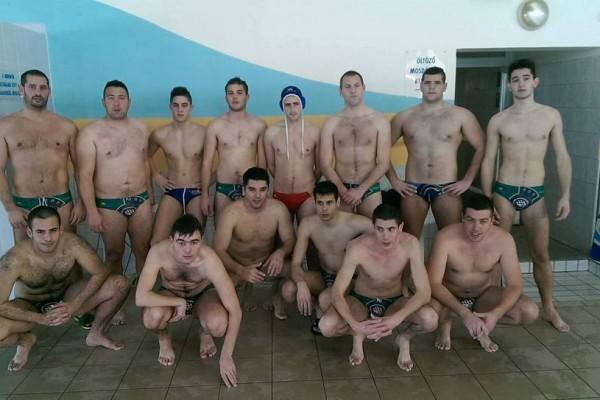 VK Croatia iz Turnja na održanom vaterpolo turniru u MOHAČU (Mađarska) osvojila je 1. mjesto