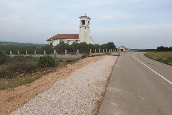 Općina Sv. Filip i Jakov započela gradnju nogostupa u Donjim Raštanima u vrijednosti preko dva milijuna kuna